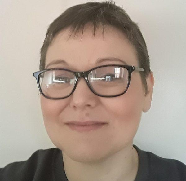 Head shot image of Becki Morris